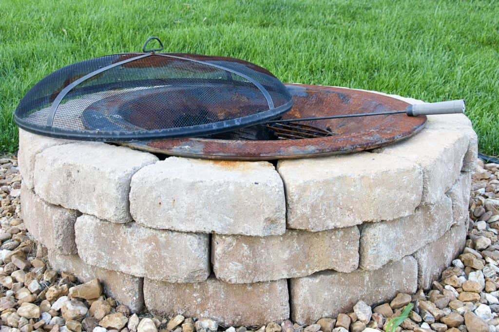 DIY Fire pit ideas with pre made copper ring