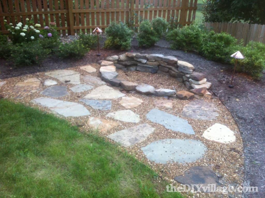 DIY Fire Pit Ideas - Stacked Stone Fire Pit