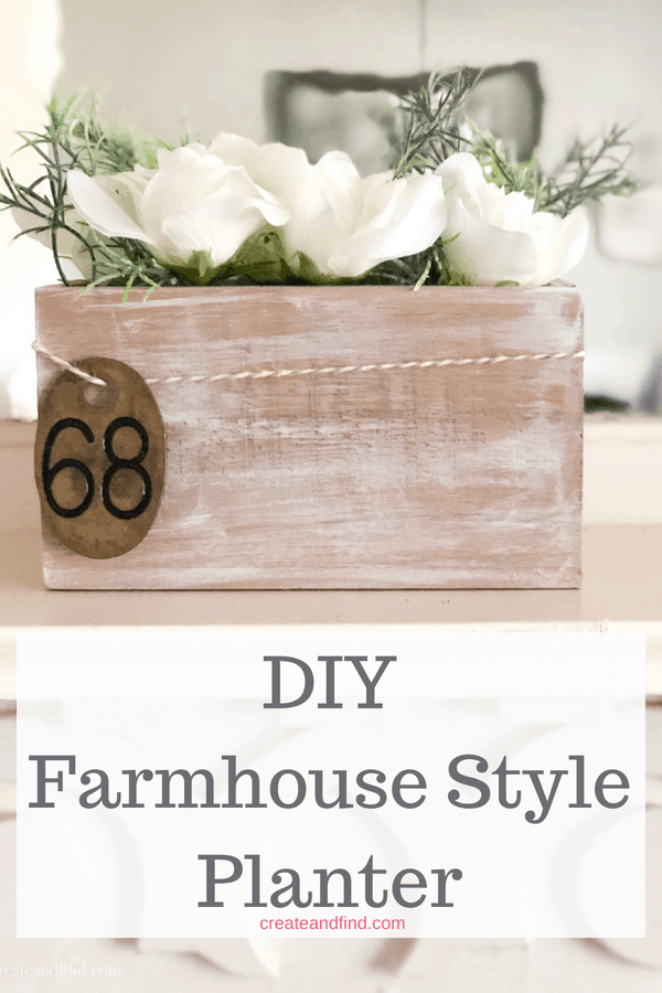 DIY Farmhouse Rustic Planter - Farmhouse decor for cheap!